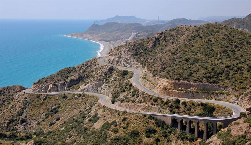Испанские дороги дают возможность познакомиться со страной во всей ее красе